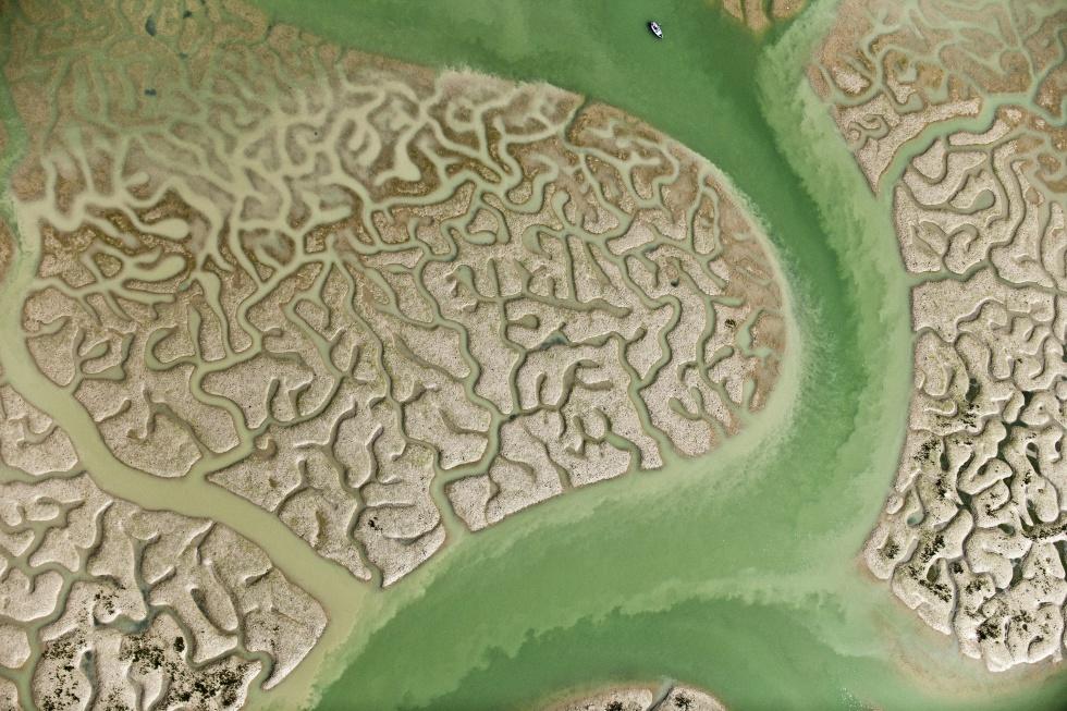 Así se fotografiaron los espectaculares paisajes fractales de 'La isla mínima'